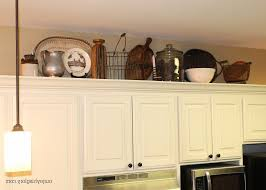 cabinet lighting kitchen kitchen decorating above kitchen cabinets modern stove in the island above kitchen cabinet lighting
