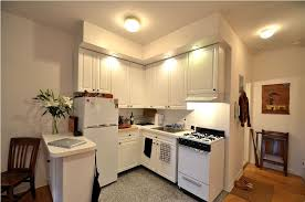 kitchen paint colors with cream cabinets: bold kitchen paint colors with cream cabinets