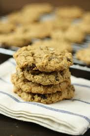 Gluten-Free Dessert Recipes for National Oatmeal Cookie Day | gfe ...