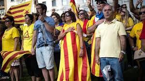 برشلونة - آلاف من القطالونيين يحتشدون للمطالبة بانتخابات مبكرة