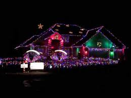 Worlds best Christmas light display to music - YouTube