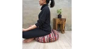 <b>MANGO</b> TREES <b>Bohemian</b> Meditation Cushion Red - Matt Blatt