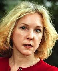 ... and Carl Bernstein on Watergate, Anna Politkovskaya in Putin's Russia, Nick Davies versus the News of the World. American reporter Katherine Boo decided ... - art-353-Boo-300x0