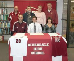 Bulldogs ink Riverdale's Arman - GoCumberlandAthletics.com