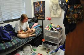 mikaela s tideas this blog serves as documentation of my this is how hannah s room usually looks i have never seen it completely clean since welcome week many times my friends and i have tried to intervene