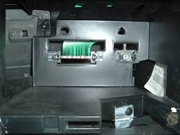 anyone interested in installing aftermarket stereo aurora club i e best buy circuit city and a few local stores and they said they ve never even seen anything like it
