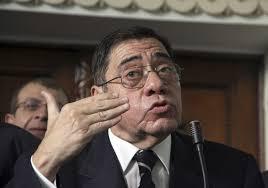 Abdul Majid Mahmud, lelaki tua gagap dan tidak pandai berbahasa Inggris ini, pada tahun 2006 diangkat oleh Mubarak sebagai Jaksa Agung. - abdel_maguid_mahmoud1