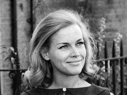 FOR four years, Honor Blackman has kept her fight with cancer secret. Here the actress speaks exclusively to JANE ODDY ... - 38435_2