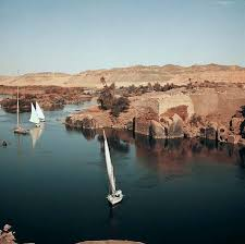 Nile River    Kids Encyclopedia   Children     s Homework Help   Kids     Kids Britannica Photograph Egyptian sailboats ply the Nile River  an important trade route and source of