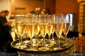 Resultado de imagem para champanhe servida
