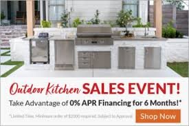<b>Outdoor Kitchens</b> : BBQGuys