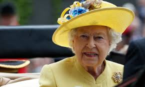 Queen Elizabeth II misses church due to 'heavy cold' | Daily Mail ...
