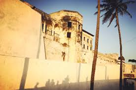 finding a way home through the door of no return wunc for hundreds of years the elmina castle which sits on the gulf of was a major depot in the transatlantic slave trade