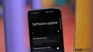 Galaxy <b>S10</b> series' second June update adds <b>new</b> Call & Text quick ...
