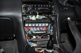 the wire tuck pic th page 25 zilvia net forums nissan relays mounted behind the cd din and fuses in the centre console