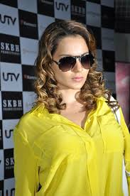 actress kangana ranaut stills gallery actress kangana ranaut