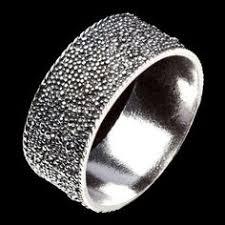 <b>Золотое кольцо с ониксом</b> и бриллиантами | Кольцо с ониксом ...
