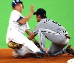 老兄 你接哪顆球呀  還是想吃豆腐呀!!!趣圖---趣味圖片照片