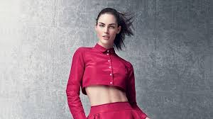 The Best Ab Workouts for <b>Crop Tops</b> — Vogue | Vogue
