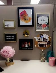 23 ingenious cubicle decor ideas to transform your workspace catch office space organized