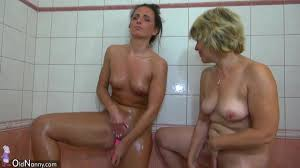 Old mom and teen is playing with pussy in the bathroom HClips.