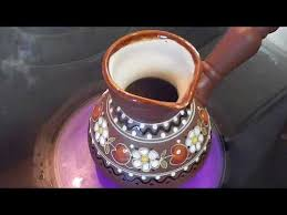 Как приготовить кофе в <b>глиняной</b> турке - YouTube