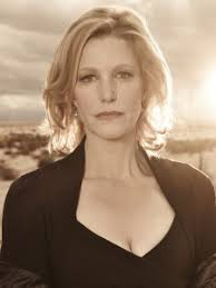Anna Gunn (Breaking Bad) and Oscar nominee Jacki Weaver (Silver Linings Playbook) have joined the cast of Fox upcoming limited event series Gracepoint, ... - Anna-Gunn-225x300