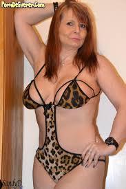 Sandra Mature Nude | Niche Top Mature