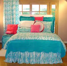 astounding girl zebra bedroom decoration design ideas excellent blue girl zebra bedroom design and decoration black white zebra bedrooms