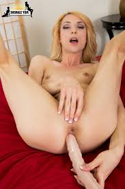 tgirl pornstar holly parker 03.jpg Tgirl Pornstar Blog presents Holly Parker