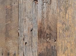 the most common species from barn siding are white oak red oak and hickory although usually the several species are mixed when practical we can separate barn boards