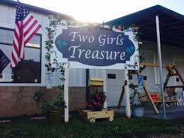 Two Girls Treasure - <b>Vintage</b>, <b>Painted</b> Furniture, <b>Home Furnishings</b>
