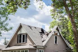 Does Home Insurance <b>Cover Roof</b> Leaks? - ValuePenguin