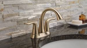 How to Choose a Bathroom <b>Faucet</b>