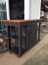 rustic kitchen island: handmade rustic kitchen island with reclaimed pallet lumber