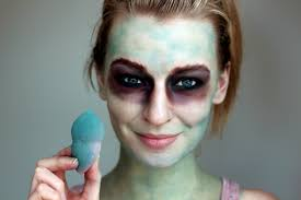 zombie make up artist zoe newlove creates a walking dead tutorial for