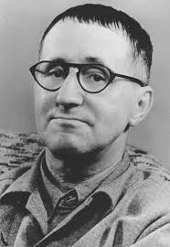 Bertolt Brecht (auch Bert Brecht; gebürtig Eugen Berthold Friedrich Brecht; * 10. Februar 1898 in Augsburg; † 14. August 1956 in Ost-Berlin) war ein ... - Bundesarchiv_Bild_183-W0409-300_Bertolt_Brecht