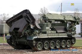 Пьяные боевики уронили танк с моста на железную дорогу в Харцызске. Есть погибший и раненные, - СМИ - Цензор.НЕТ 4125