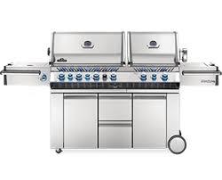 <b>Grills</b> - <b>BBQ Grills</b> | Napoleon® USA