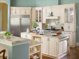 small u shaped kitchen design:  photos of the best u shaped kitchen designs for small kitchens