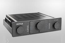 Специальная версия <b>лампового предусилителя Octave HP</b> 700 SE