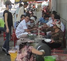 Image result for gánh cháo lòng