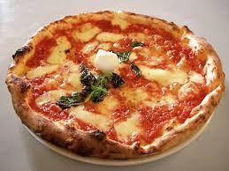 Risultati immagini per immagine pizza