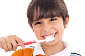 How to maintain good teeth Images?q=tbn:ANd9GcSgDRuqZMRgPBQ06DxGDVVN6UZ6NwIIGeIjSA7hr0gxZQwxaBdU