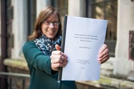 This is me submitting my thesis    This is Kirsten  PHD