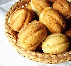Картинки по запросу Рецепт приготовления печенья «Орешки»