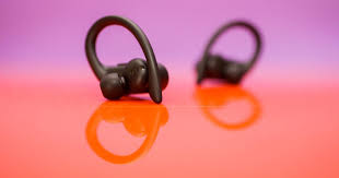 Beats <b>Powerbeats Pro</b> review: Bulkier than AirPods, but with better ...