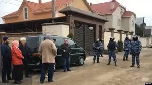 ФСБ задержала в Крыму 20 крымских <b>татар</b>, их обвиняют в ...