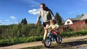 Как научить ребенка кататься на <b>велосипеде</b> за 5 уроков