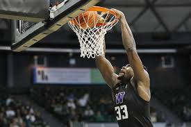 Huskies' defense shuts down Hawaii in 72-61 victory in <b>Diamond</b> ...